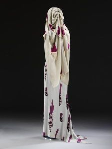 Tears dress and matching veil by Elsa Schiaparelli, 1938. Image courtesy of the V&A Museum.
