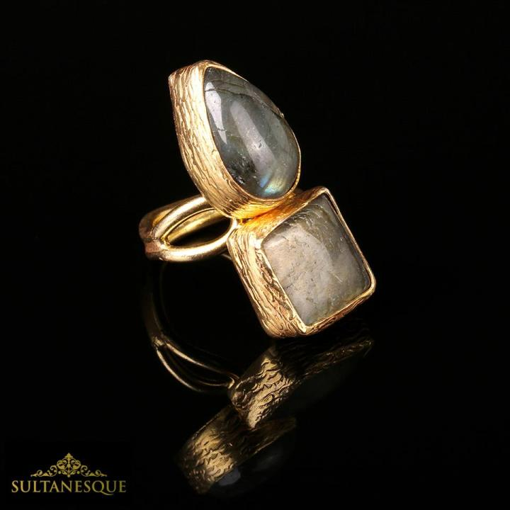 """22k Goldplated Bronze Ring made with beautiful Labradorite Stones. """