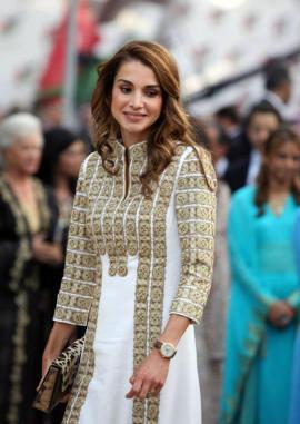 Queen-Rania-wearing-aennis-eunis-2-1