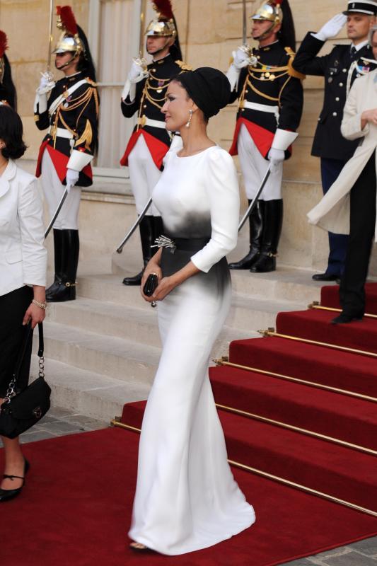 Qatar's Emir Sheikh Hamad Bin Khalifa Al-Thani and wife in Paris - Day 2